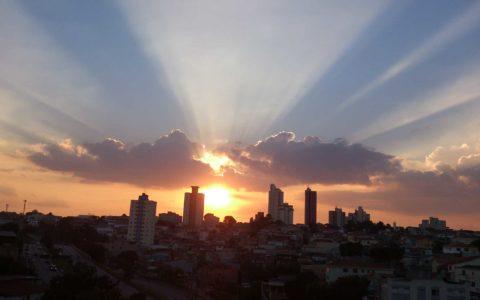 Por de Sol em São Paulo