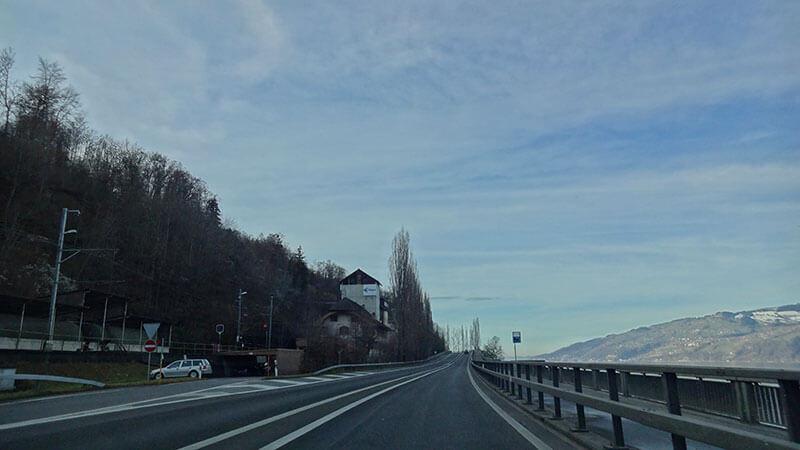 EstEstradas para Interlakenradas para Interlaken