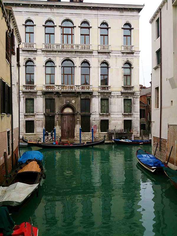 Pelas ruas de Veneza