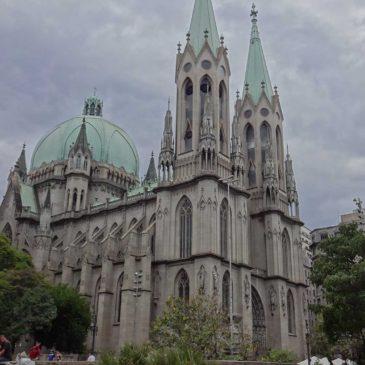 Conhecendo a Catedral da Sé, e outros pontos turísticos do centro.