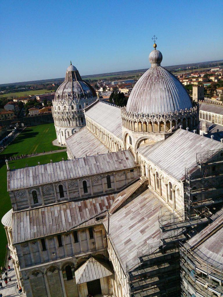Vista de cima da Torre dos Sinos de Pisa