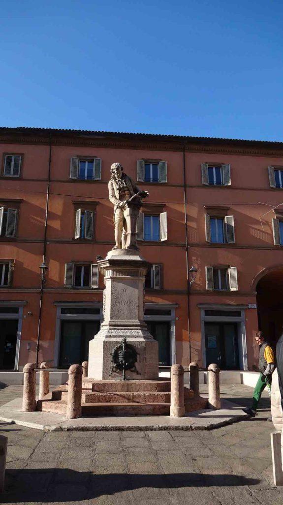 Pelas ruas de Bologna