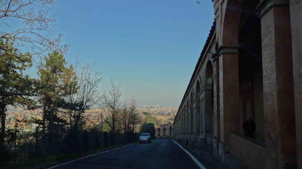 Pórticos - Santuário de San Luca