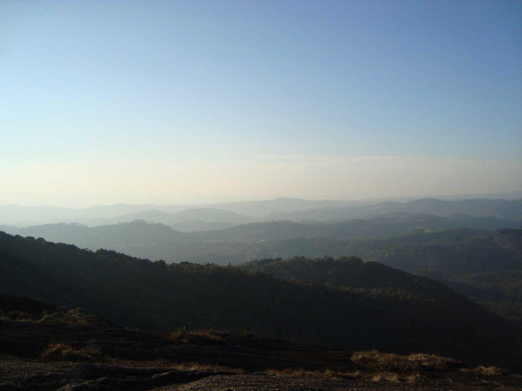 Vista de Cima da Pedra Partida