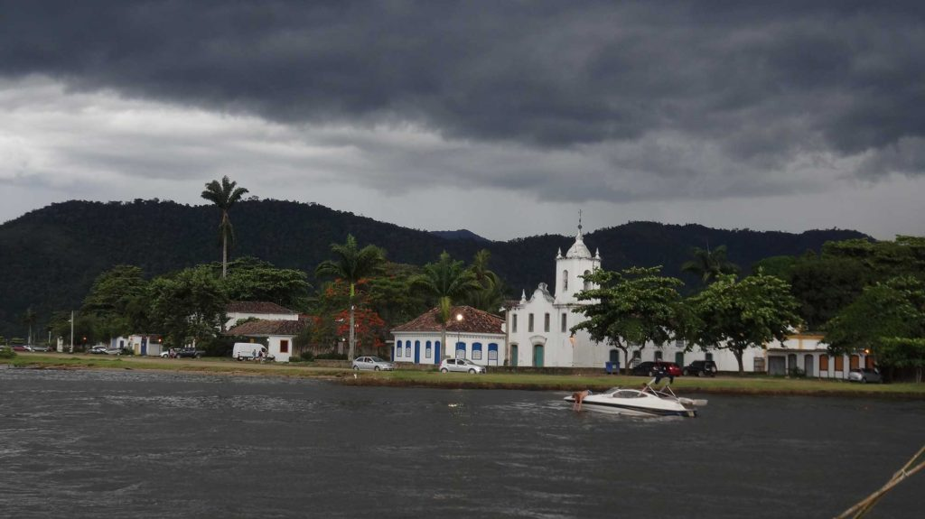 Igreja Nossa Sra. das Dores - Vista de alto Mar