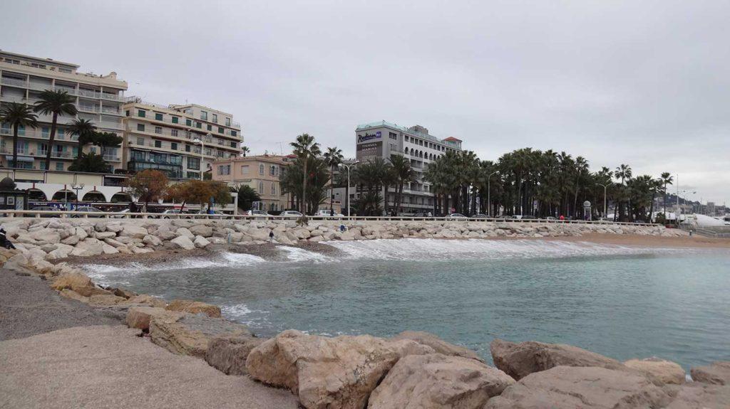 Orla de Cannes - França