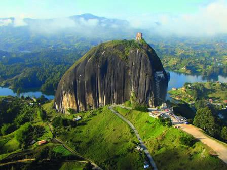 La Piedra Del Penol - O que fazer em Medellin
