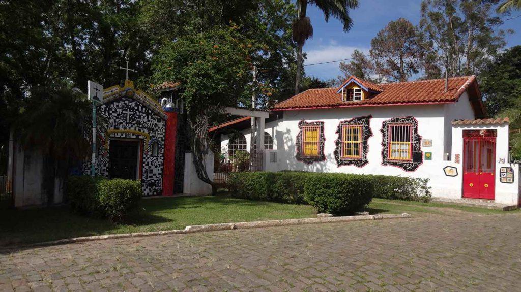 Capelinha de Mosaico - São Bento do Sapucaí