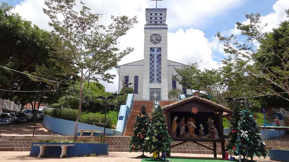 Igreja Matriz de Gonçalves - Cidades de Minas Gerais