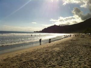 Viagens pelo Brasil - Praia Barra do Sahy - Blog Tur Mundial