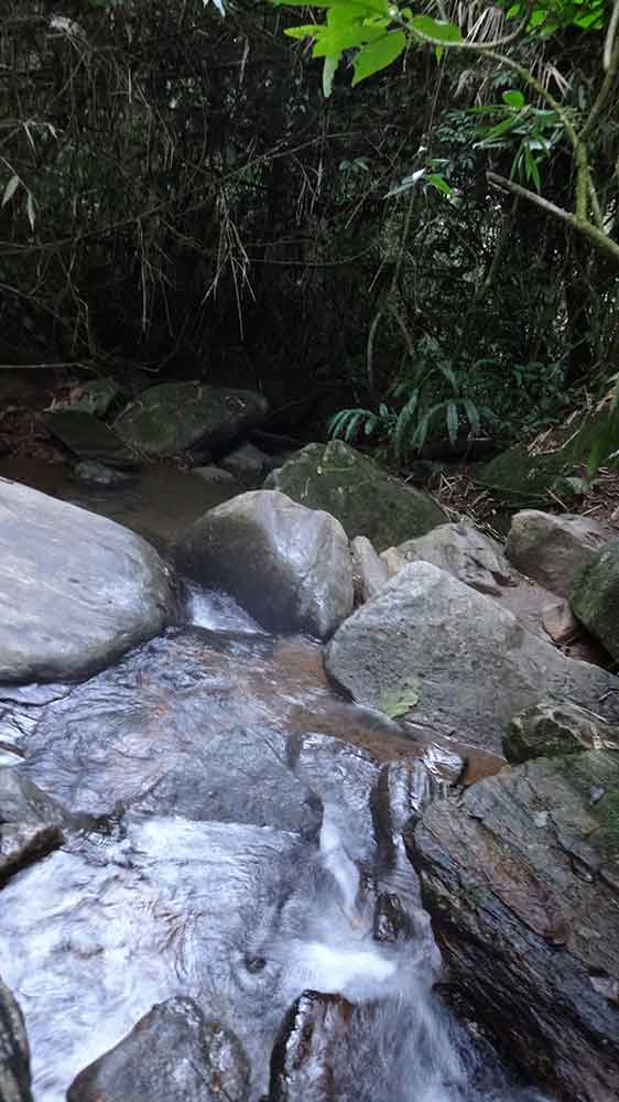 Caminho para Cachoeira de Deus - Penedo