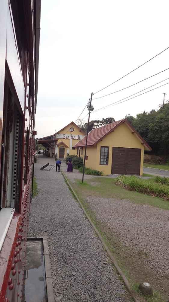 Chegando a Estação Garibaldi
