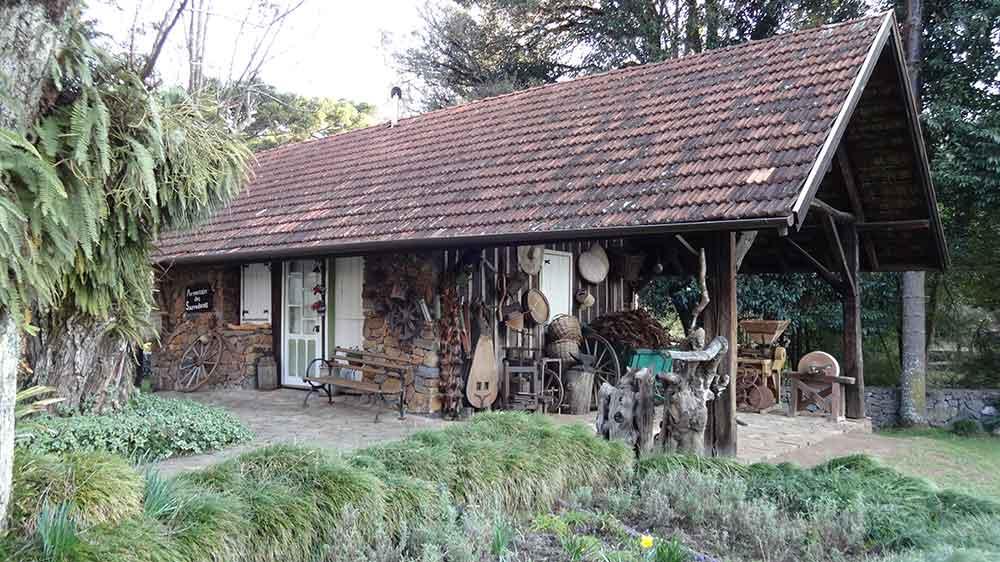 Rancho das Ferramentas - Castelinho Caracol
