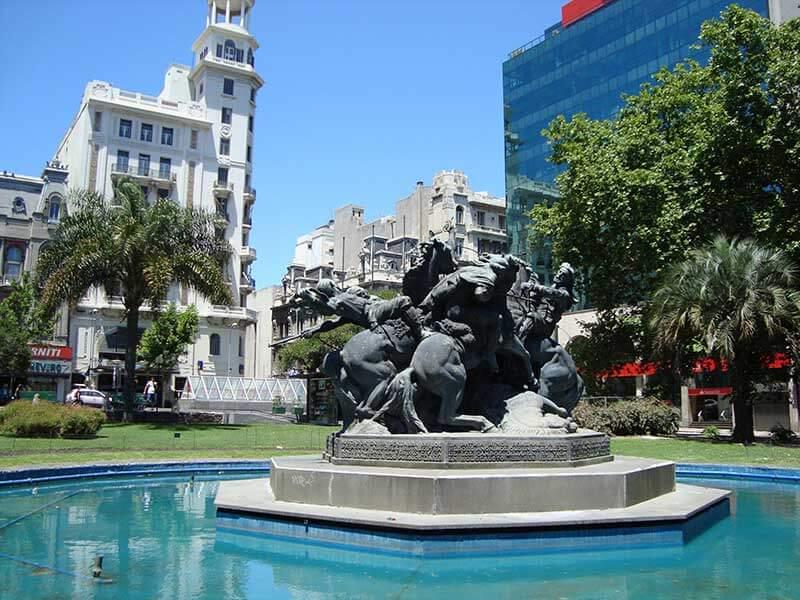 Lugares tranquilos para passar o carnaval - Montevidéu - Uruguai