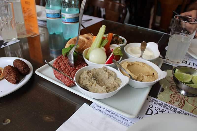 Restaurante Oriente Árabe - Lugares para ir em Curitiba