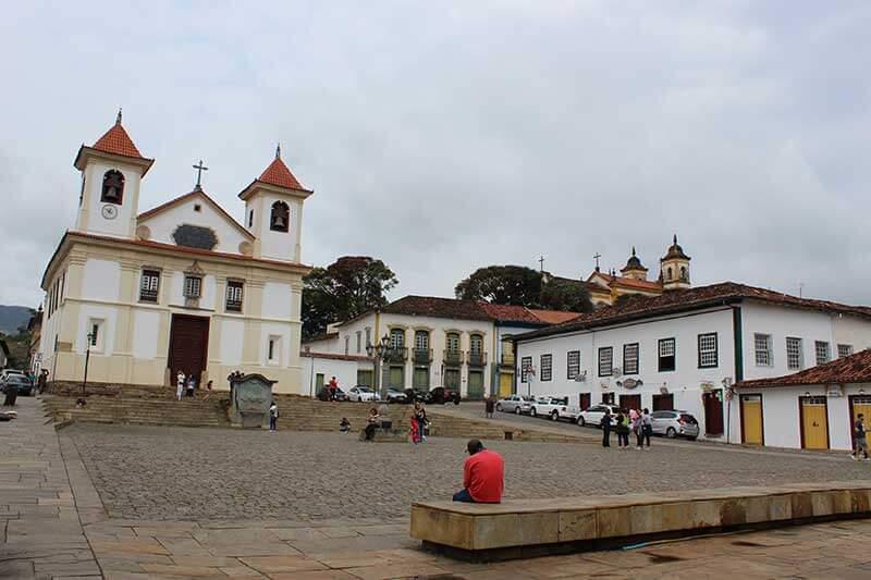 Basílica Nossa Senhora Assunção - Pontos Turísticos de Minas Gerais