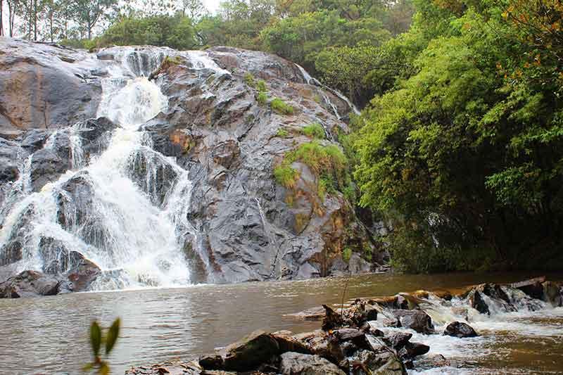 Cachoeira Santa Rita - Cidade das Cachoeiras