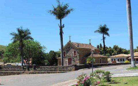Igreja de Pedra - Nossa Senhora do Rosário - Coronel Xavier Chaves