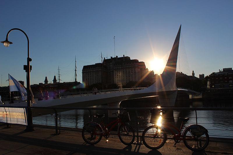 Puente de La Mujer - Lugares para Visitar em Buenos Aires