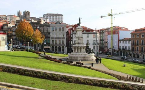 Praça Infante Dom Henrique - Porto