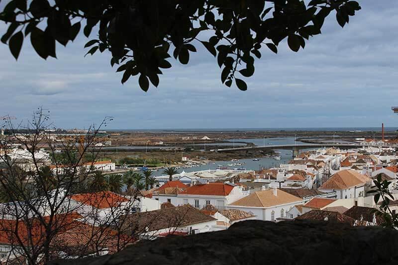 Rio Gilão Visto por sobre a Muralha do Castelo de Tavira Portugal