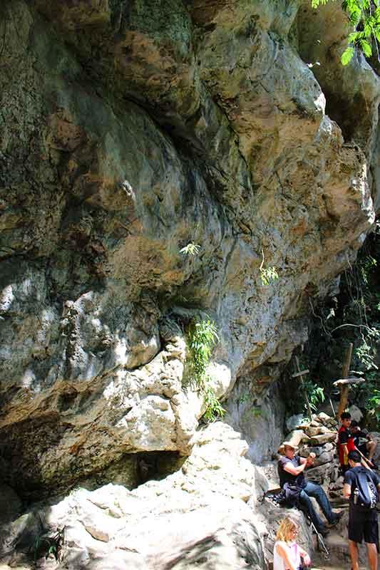 Gruta do Monge - Trilha da Pedra Branca