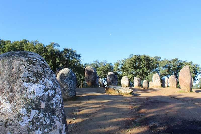 Cromeleque dos Almendres - Évora - Monumentos Megalíticos