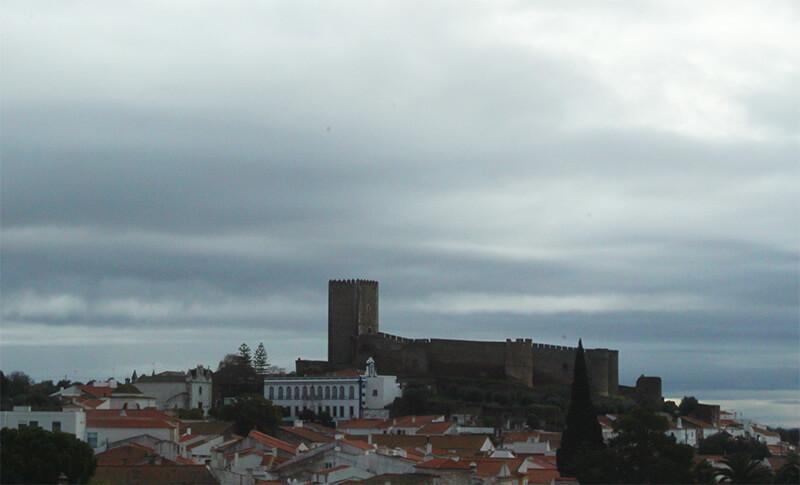 Castelo a caminho de Évora